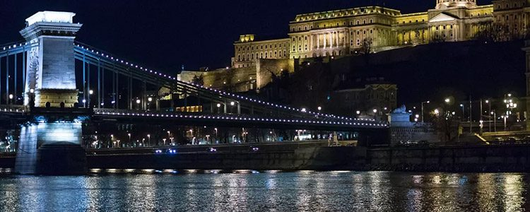 Sétahajó vacsora Budapest